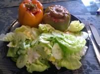 Gefüllte Paprika mit Hack und getrockneten Tomaten