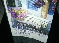 Der Holundergarten von Susanne Schomann entlockt einige Seufzer