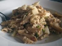 Thunfischnudeln in Erbsen-Sahne Sauce