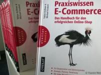 Praxiswissen E-Commerce ist perfekte Lektüre für den Shopbetreiber