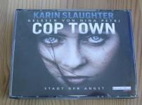 """""""Cop Town"""" schafft eine wahnsinnig düstere, fesselnde Atmosphäre !!"""