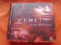 """""""Verity heißt Wahrheit"""" ist ein gelungenes Debüt !"""