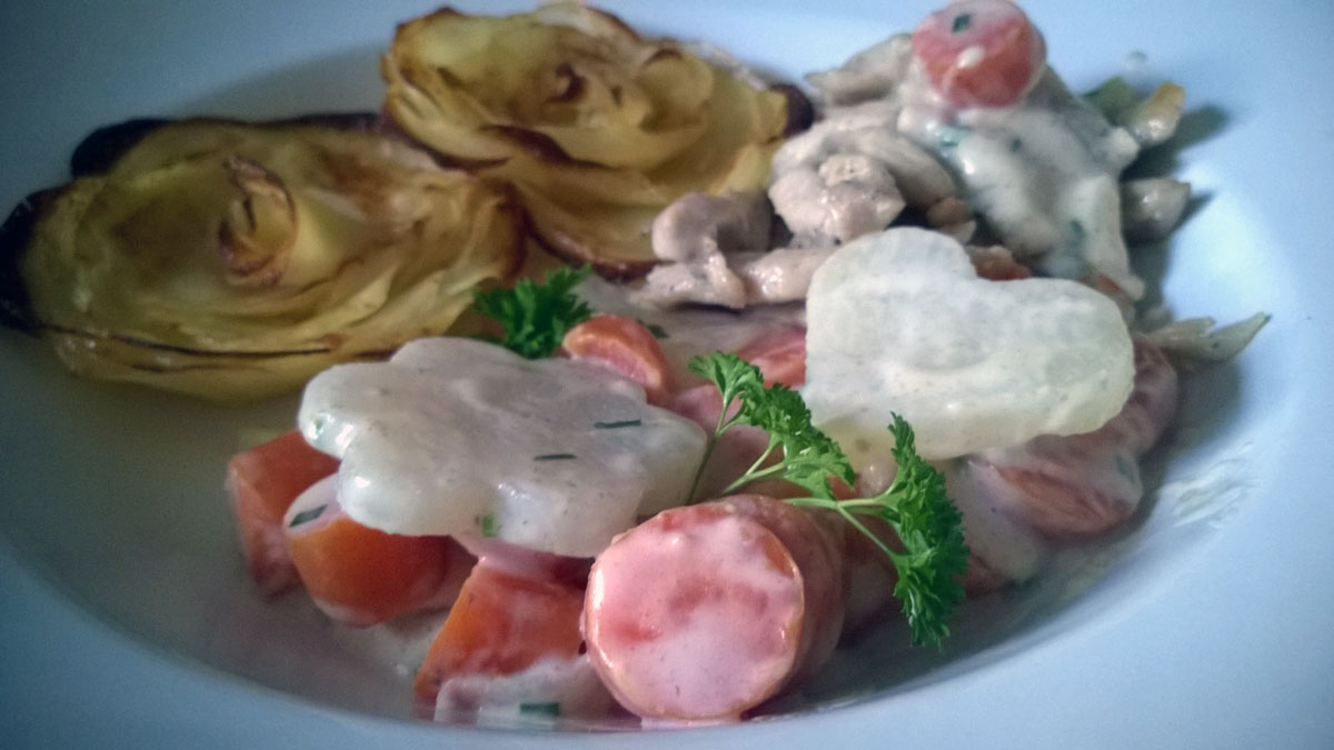 Kartoffelrosen-mit-Rahmgenüse