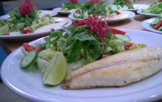 Salat-mit-Fisch
