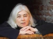 """Andrea Klier spricht über Inspiration, """"Ostfriesische Gier"""" und Macht !!"""