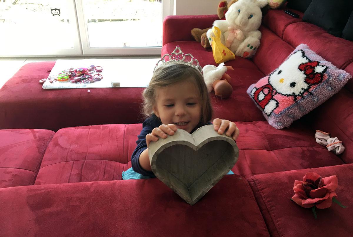 Unsere Tochter zeigt ihre Liebe