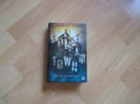 """""""Company Town"""" ist eine spannende Dystopie !!"""